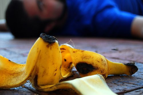 slip and fall sues; caught planting banana peel